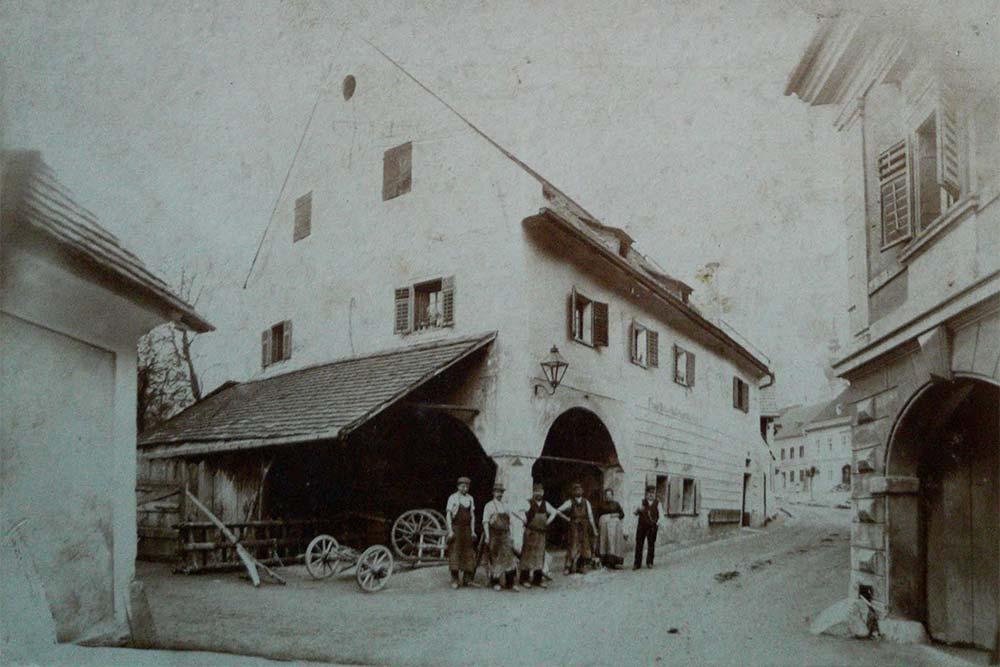 Jager-Schmiede, 1906